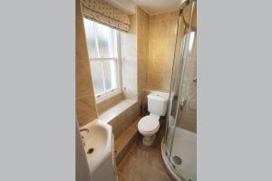End Cottage, Chapel Stile, En-Suite Shower