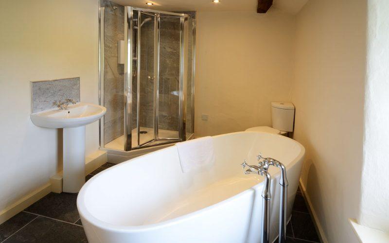 Fold Cottage, Outgate, Bathroom