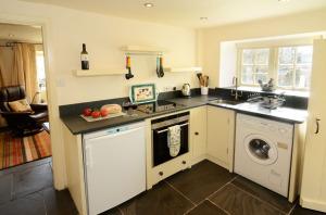 Fold Cottage, Outgate, Kitchen