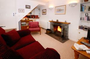 Inglewood Cottage, Chapel Stile, Lounge
