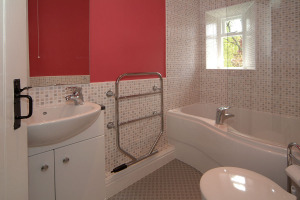 Myrtle Cottage, Chapel Stile, Bathroom