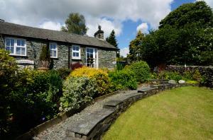 Rosegate Cottage, Elterwater, Garden