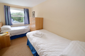 Underthrang, Chapel Stile, Twin Bedroom