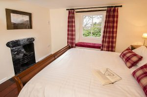 Speddy Cottage Main Bedroom