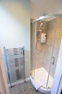 Becks Steps Shower Room